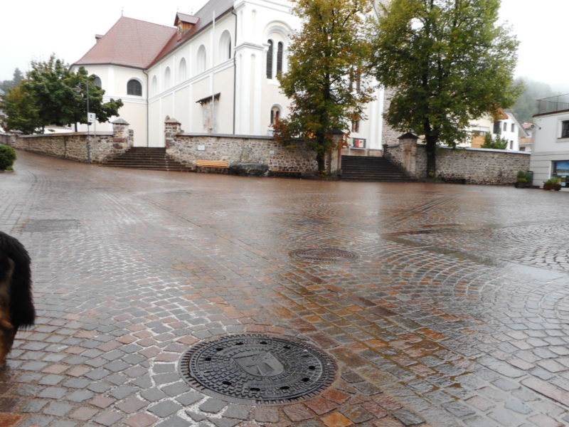 008 2 800x600 - Chiusini in ghisa lamellare BE-GU tedeschi - arredo-urbano-