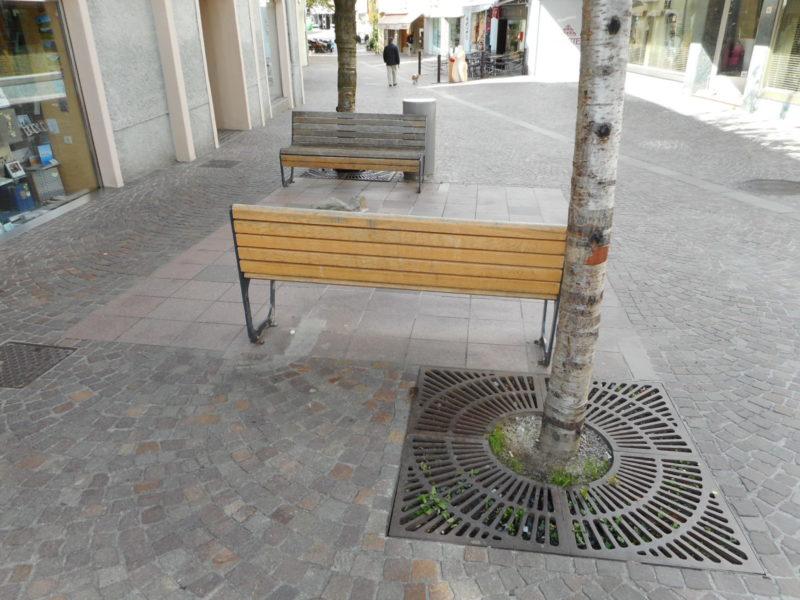 011 800x600 - Griglie in ghisa per alberi - arredo-urbano-