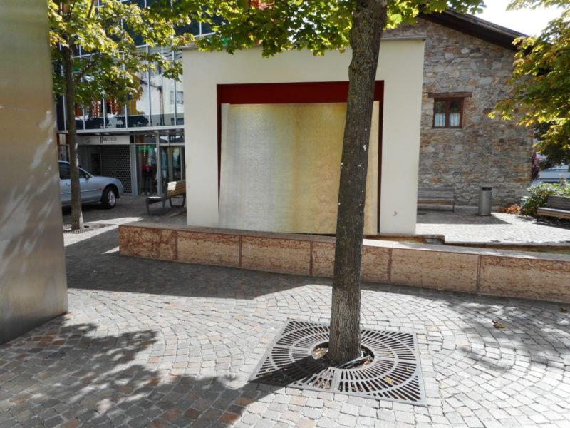 012 2 800x600 - Griglie in ghisa per alberi - arredo-urbano-