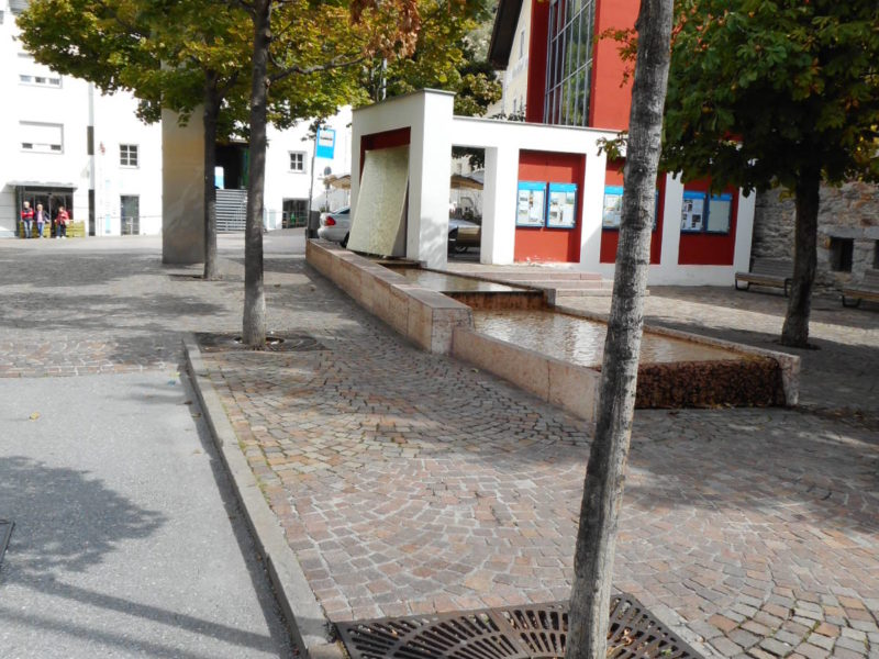 013 800x600 - Griglie in ghisa per alberi - arredo-urbano-