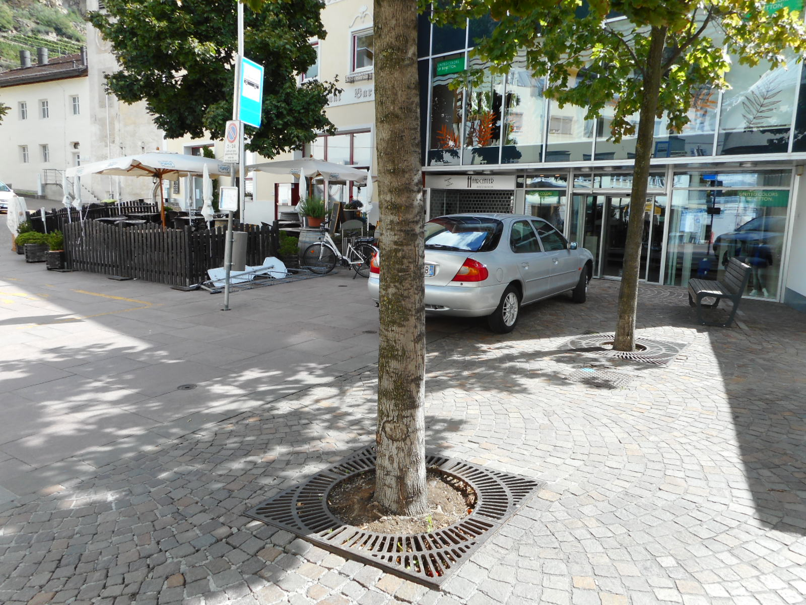 014 1 - Griglie in ghisa per alberi - arredo-urbano-