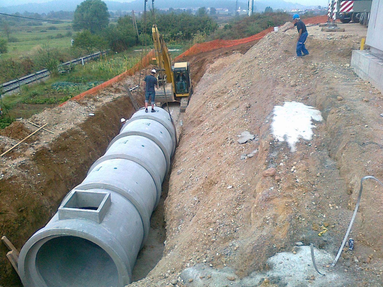 13092011384 - Tubi circolari centrifugati armati DIN 4035 - fognature-