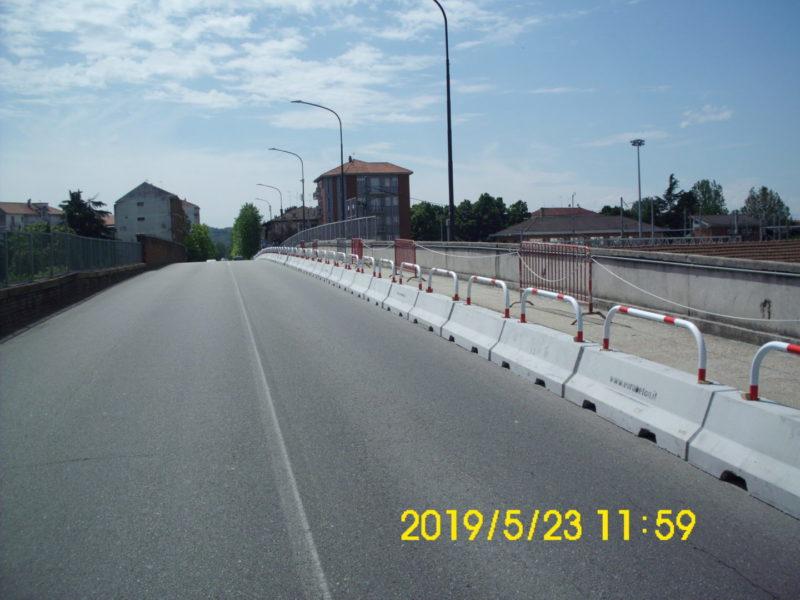DSCI3697 800x600 - Barriere Mini New Jersey - strade-