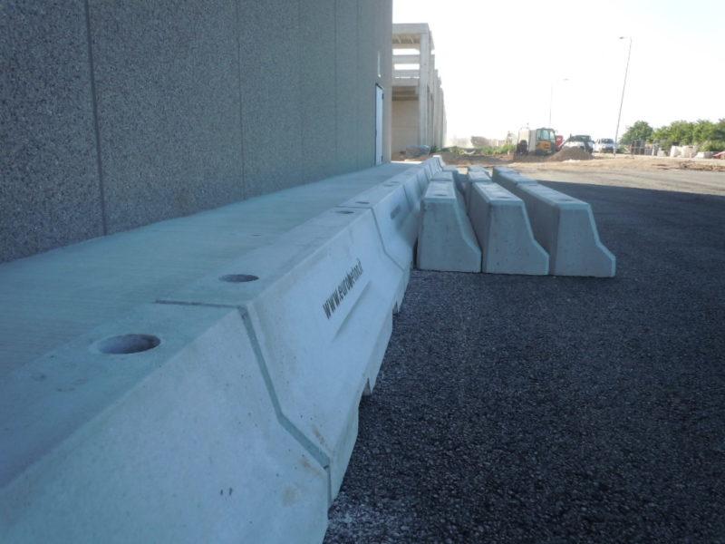 DSCN0023 800x600 - Barriere Mini New Jersey - strade-