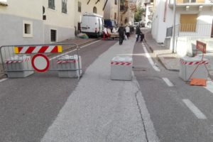 IMG 20171126 113448 300x200 - Dissuasori antiterrorismo - City Art Solutions - arredo-urbano-