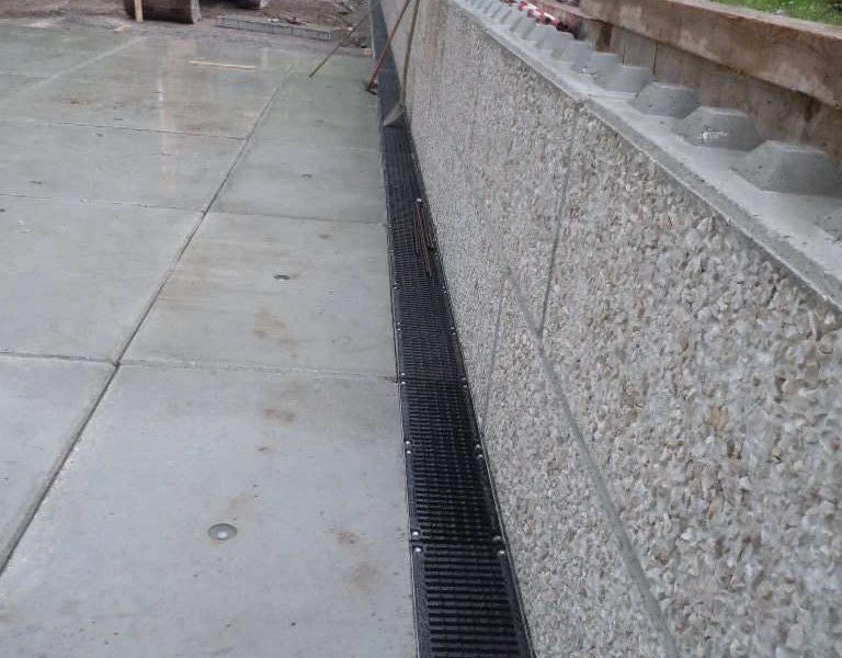 Kanäle mit Gitter Typ Smart Security in Zement eingefasst C250 - D400 (3)