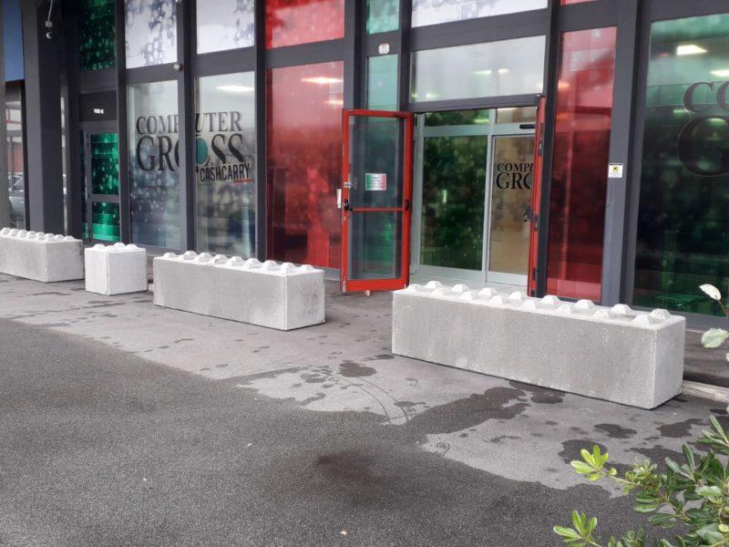 Padova 1 800x600 - Dissuasori antiterrorismo - City Art Solutions - arredo-urbano-