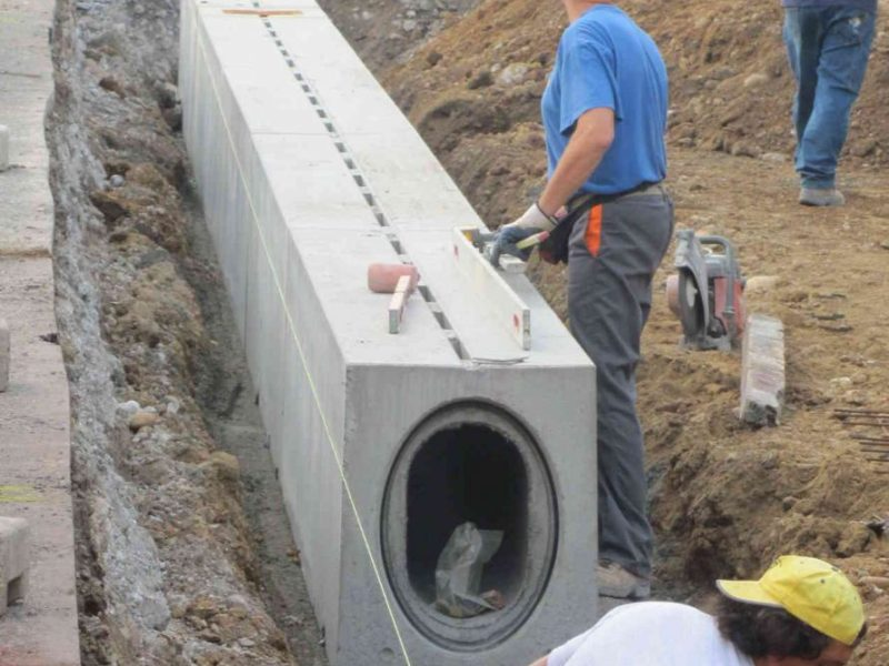Slotted channels for airports self-supporting D400 or F900 (2)