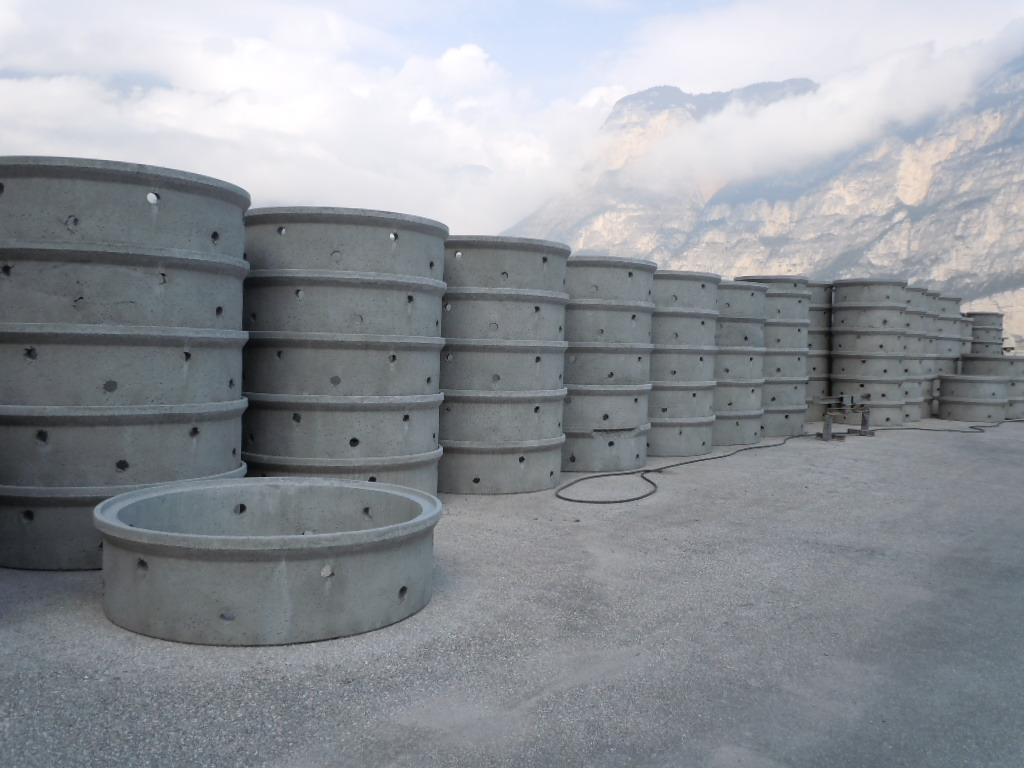 anelli perdenti DN 1000 1500 20004 - Vasche perdenti con anelli con bicchiere rinforzati ecologia-ambientale