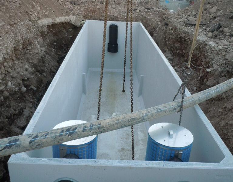 posa di separatore gigante eurostar da 125 litri/sec. in una zona di espansione