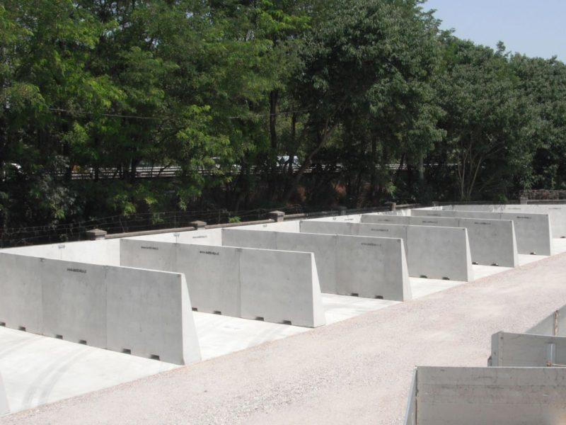 cantiere di mantova 800x600 - Muri divisori di materiali - strade-