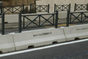 cantiere di piazza del popolo 300x200 - Barriere Mini New Jersey - strade-