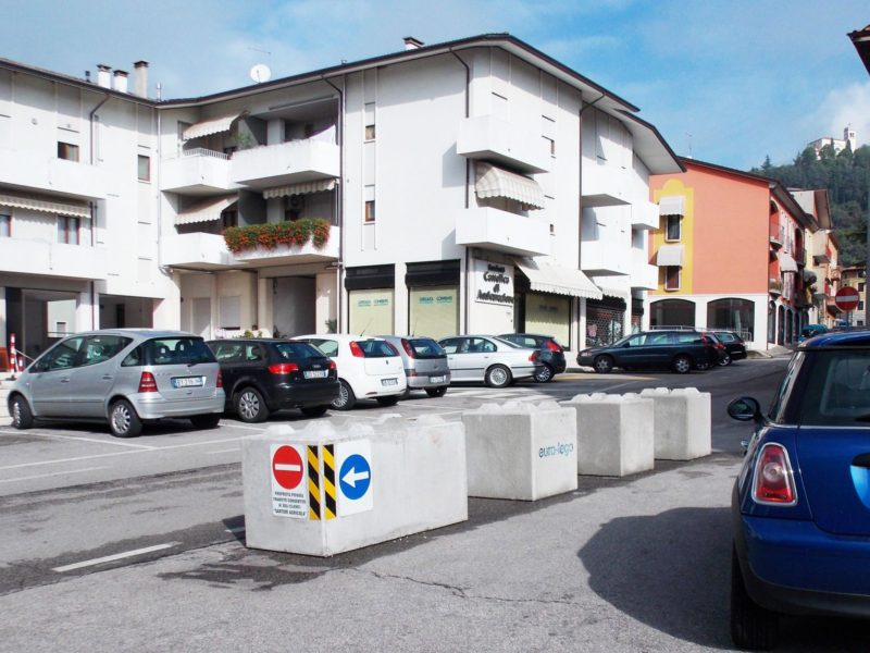 cantiere di verona 800x600 1 - Trennwände EURO-LEGO - strassenbau-