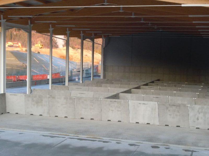 Tione: nuovo centro di riciclaggio rifiuti con big giant H.200