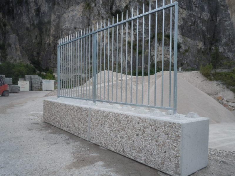 con recinzione euroconi1 800x600 - Arredo urbano linea city lego - arredo-urbano-