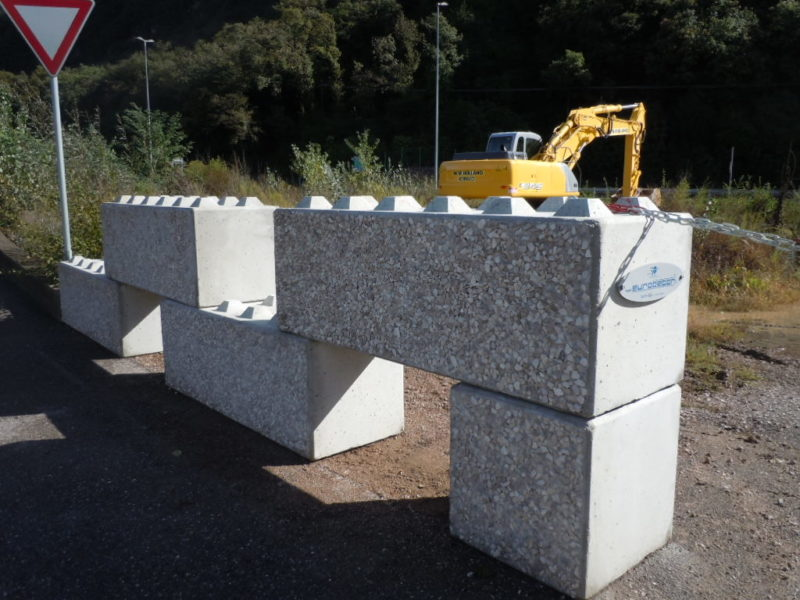 esempio di euro lego serie 600 usati muro architettonico antisfondamento