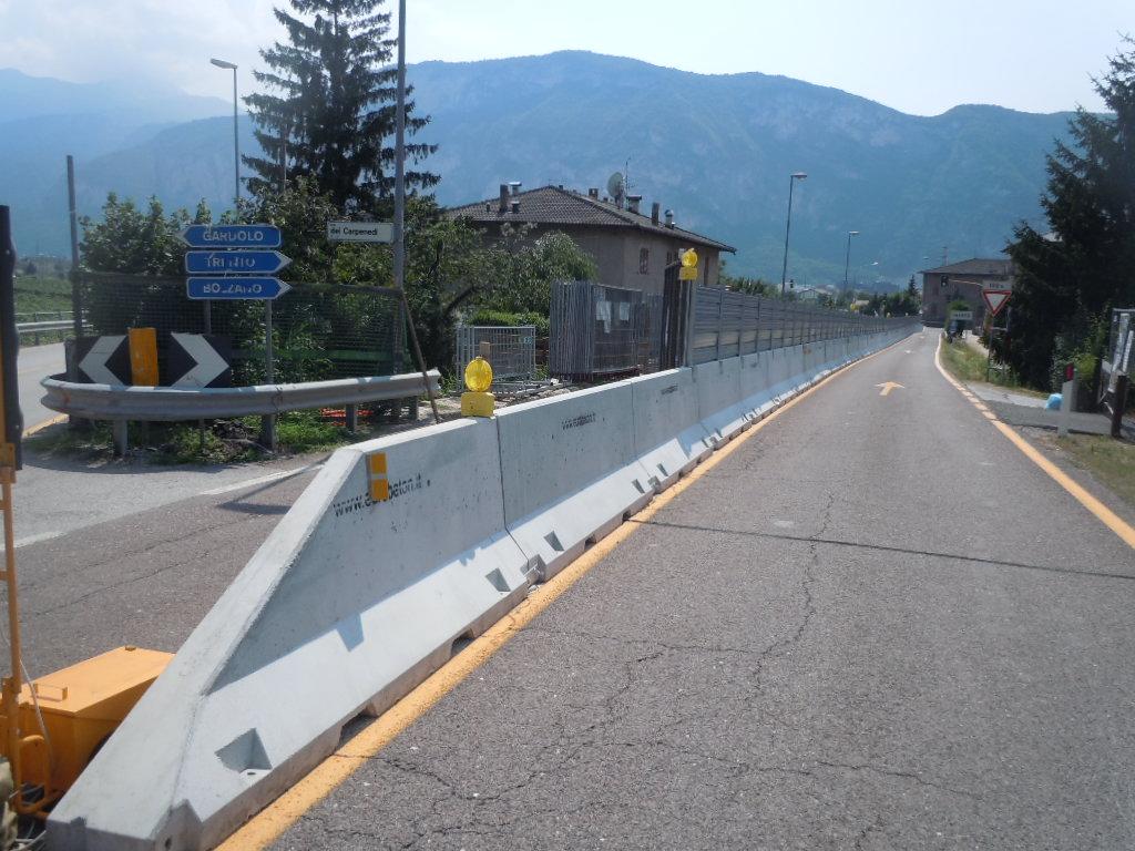 Barriere New Jersey In Cemento Stradali Autostradali E Per Recinzioni