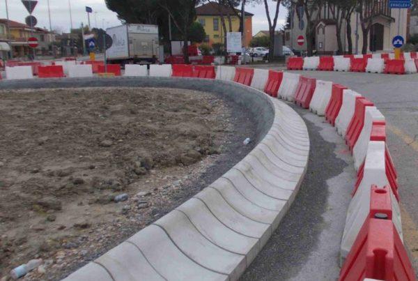 eraclea ridotto 800x600 2 600x403 - Cordolo spartitraffico strade