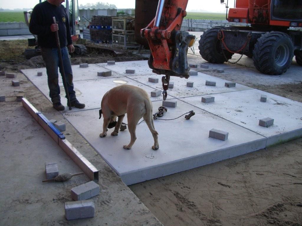Pavimentazioni industriali europratic eurobeton - Prezzo posa piastrelle ...