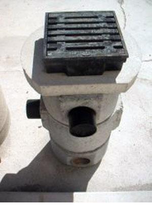 fotopluvialicortili - Pozzetti pluviali per cortili DN.300 DIN 4052 - fognature-