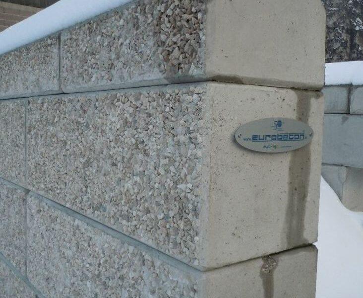 muro con tetto2 1 732x600 - Trennwände EURO-LEGO - strassenbau-