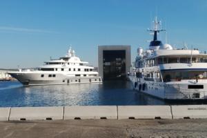 porto di Marsiglia ridotta 300x200 - Barriere Mini New Jersey - strade-