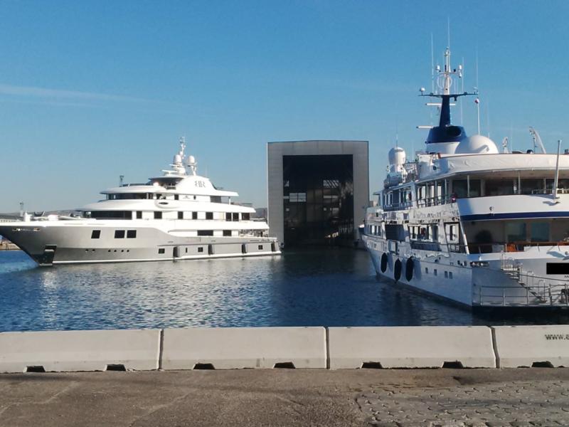 porto di Marsiglia ridotta 800x600 - Barriere Mini New Jersey - strade-