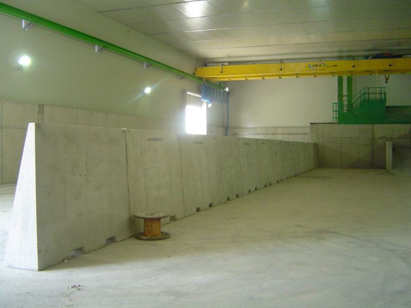 divisori di materiali H.200 cementificio COLACEM