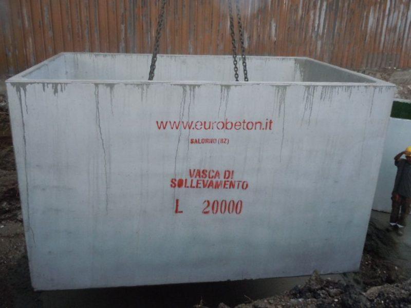 posa in opera vasca da 20000 litri